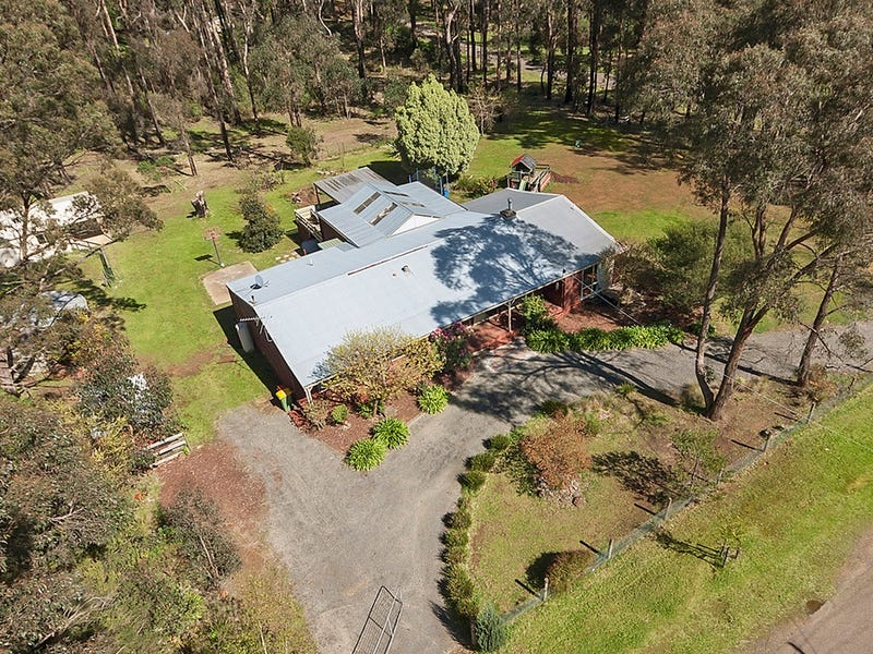 2 Cedar Court, Kinglake West, Vic 3757