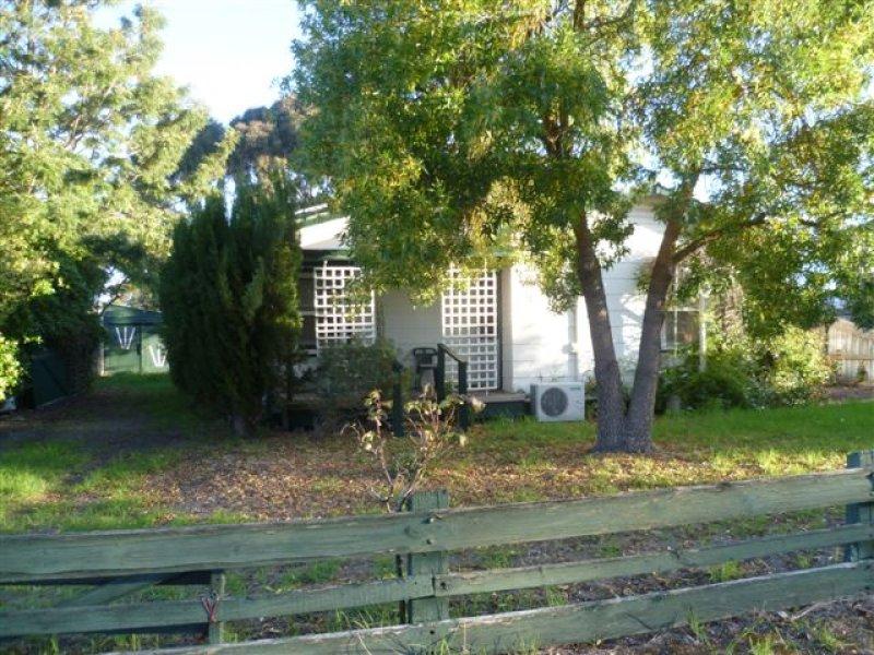 18 O'Loughlin Terrace, Nangwarry, SA 5277