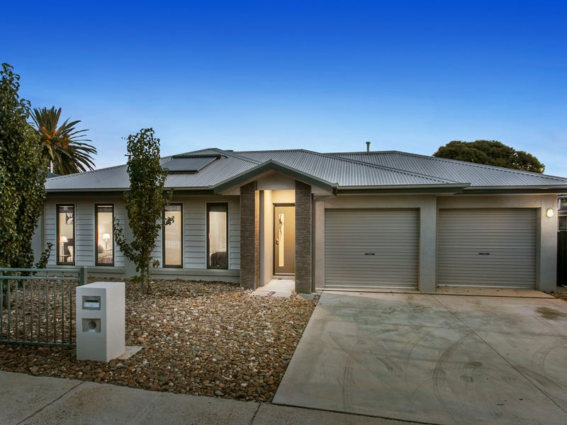 1A Houston Street, Flora Hill, Vic 3550