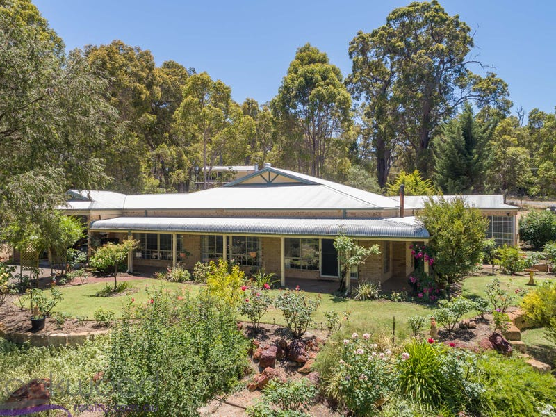 95 Waterford Drive, Gidgegannup, WA 6083