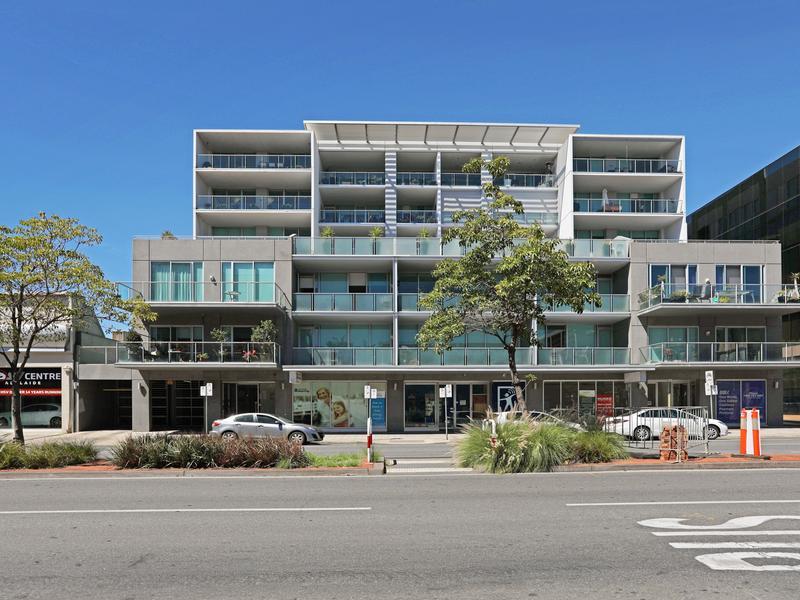 202/211 Grenfell Street, Adelaide