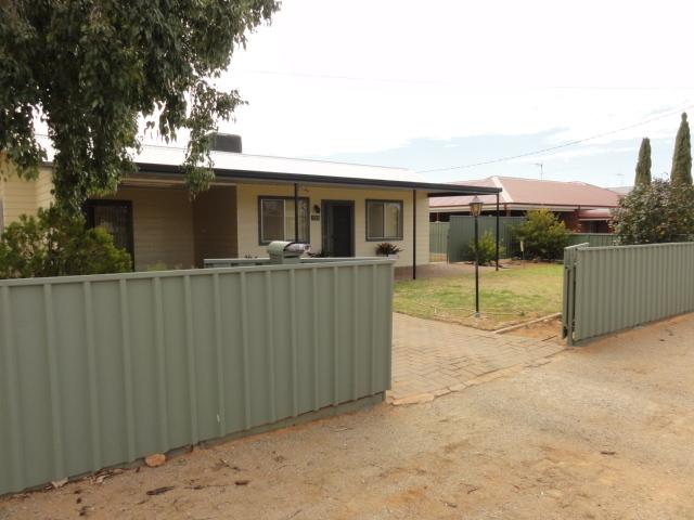 522 Fisher St, Broken Hill, NSW 2880