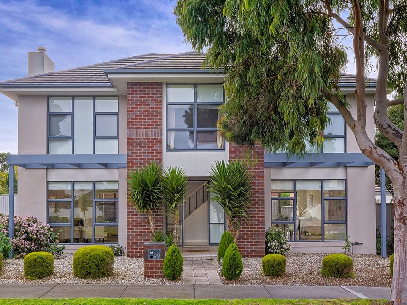 99 St Andrews Drive, Heatherton, Vic 3202