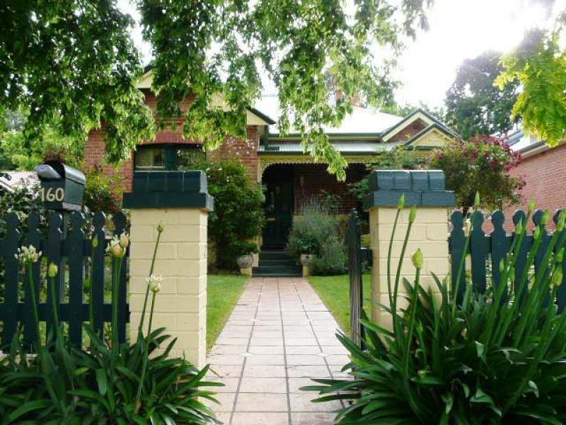 160 Rocket Street, Bathurst, NSW 2795