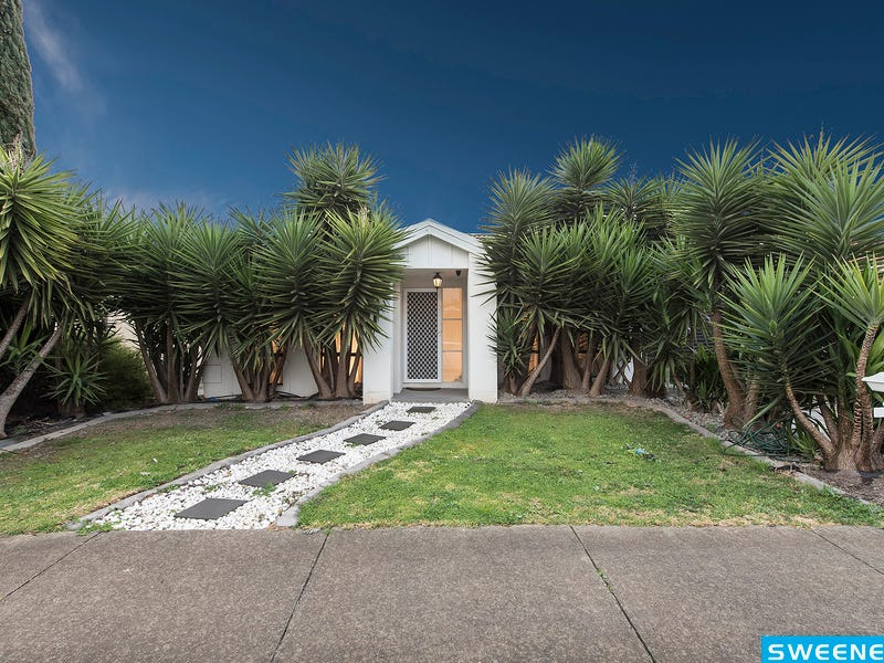27 O'Donnell Drive, Caroline Springs, Vic 3023