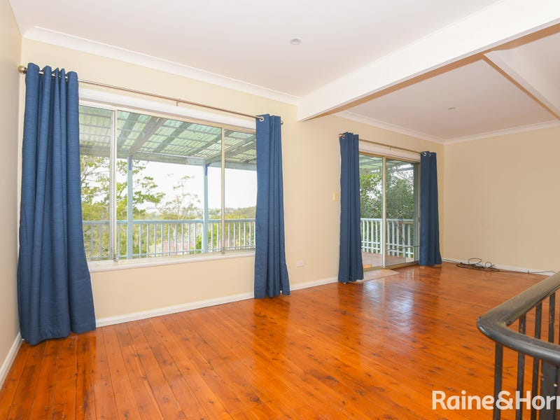 6 Yannina Avenue, Hornsby Heights, NSW 2077