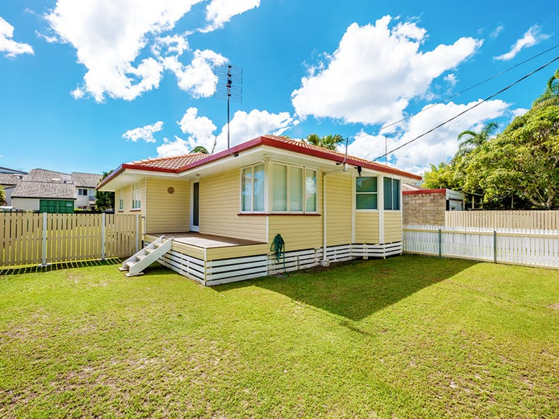 22 Riverside Drive, Currumbin Waters, Qld 4223