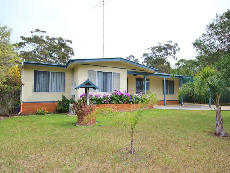 5 Hunter Street, Mallacoota, Vic 3892