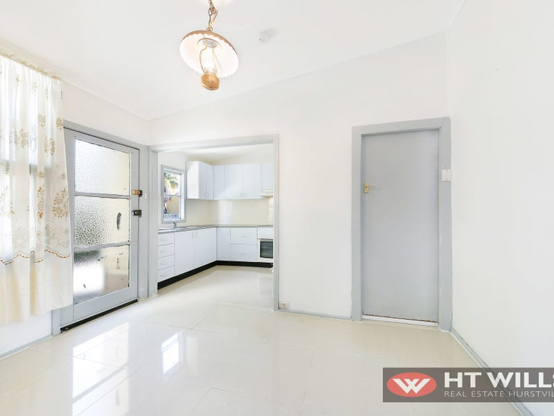 117 Hillcrest Ave, Hurstville Grove, NSW 2220