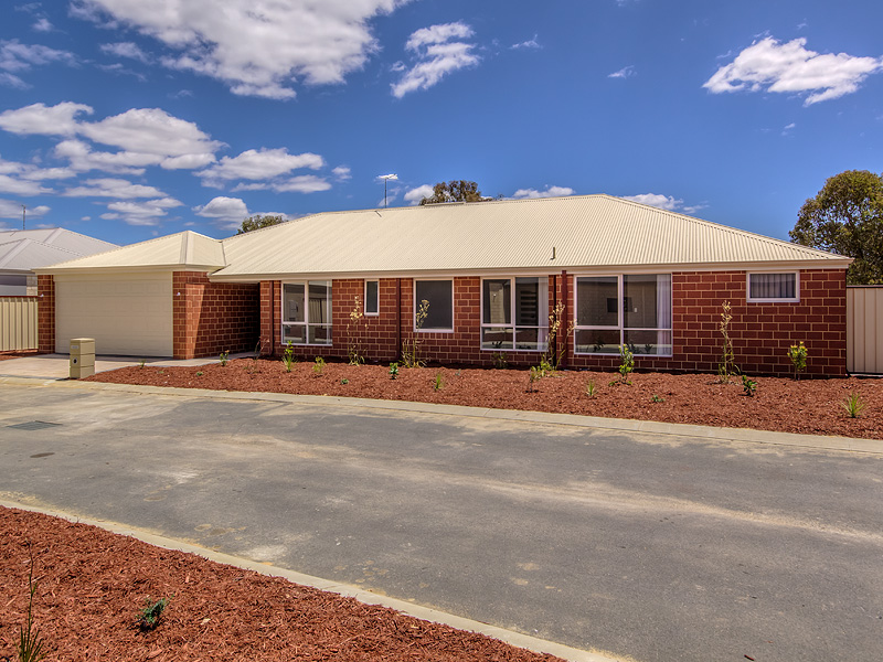 15 18 Banksia Terrace, South Yunderup