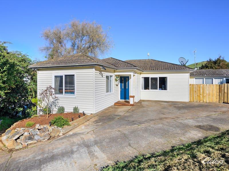 316 Mount Street, Upper Burnie, Tas 7320