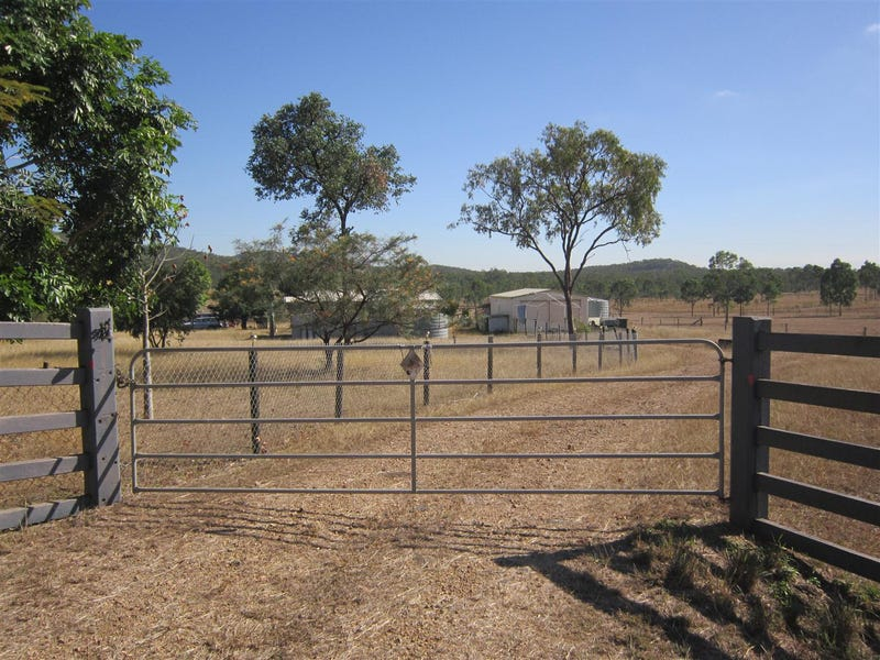 523 The Narrows Road, Mount Larcom, Qld 4695