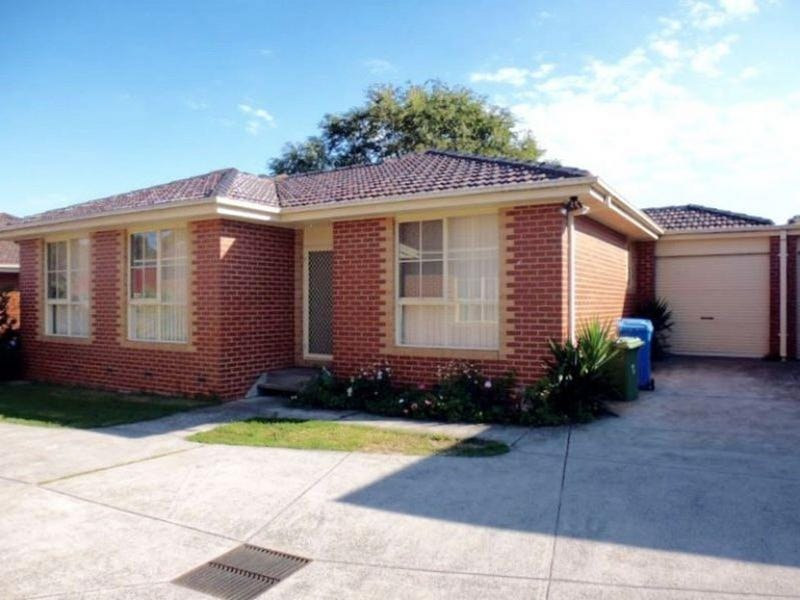 2/16 Sarno Court, Cranbourne, Vic 3977