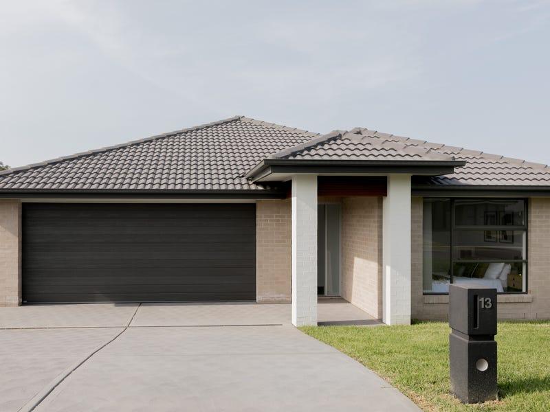 13 Pandanus Circuit, Bolwarra, NSW 2320