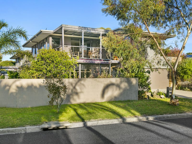 88 Seaview Avenue, Safety Beach, Vic 3936