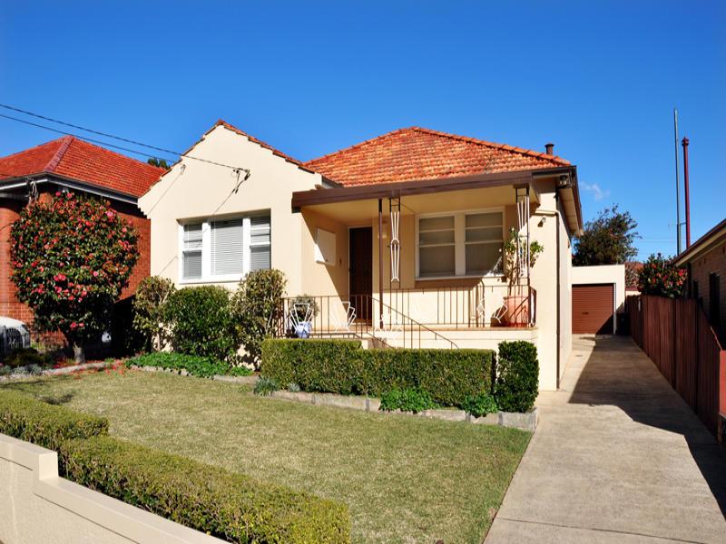 21 Glenview Avenue, Earlwood, NSW 2206