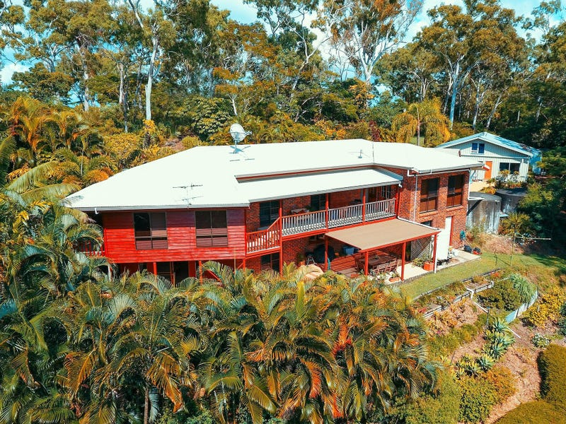 33 Cilla Hill Court, Sarina Beach, Qld 4737