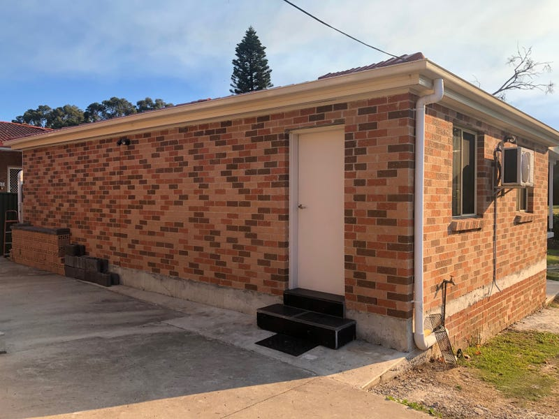 21A ORCHARD ROAD, Fairfield, NSW 2165