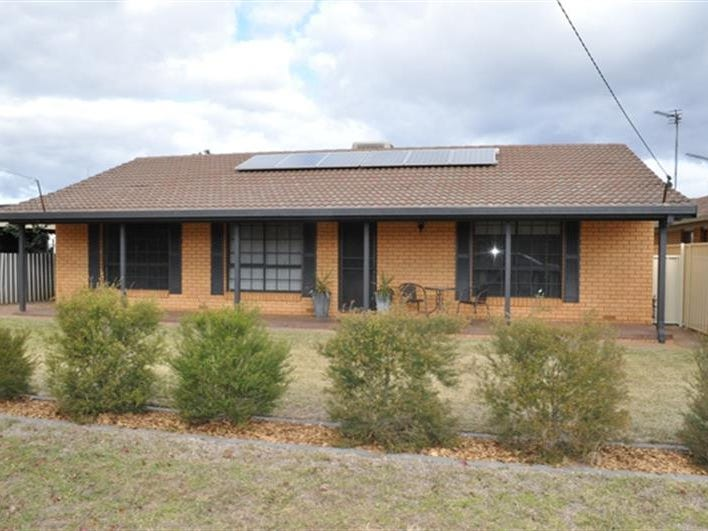 13 Doncaster Ave, Dubbo, NSW 2830