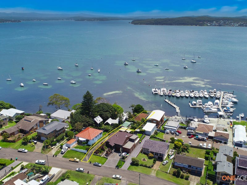 115 Marks Point Road, Marks Point, NSW 2280