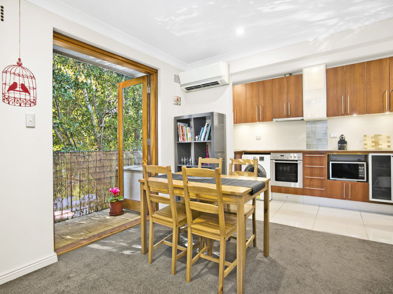 8/2 Silver Street, St Peters, NSW 2044