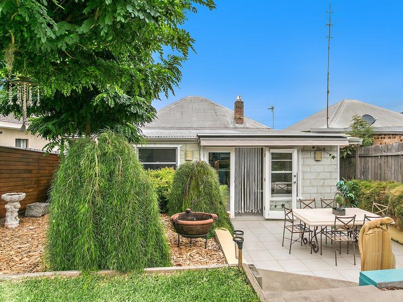 25 Russell Street, Woonona, NSW 2517