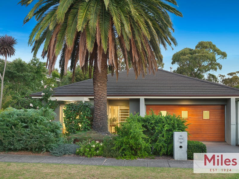 82 Ernest Jones Drive, Macleod, Vic 3085