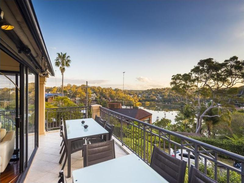 17 Naranganah  Avenue, Gymea Bay, NSW 2227