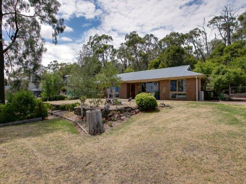 22 to 24 ISLAND VIEW ROAD, The Gurdies, Vic 3984