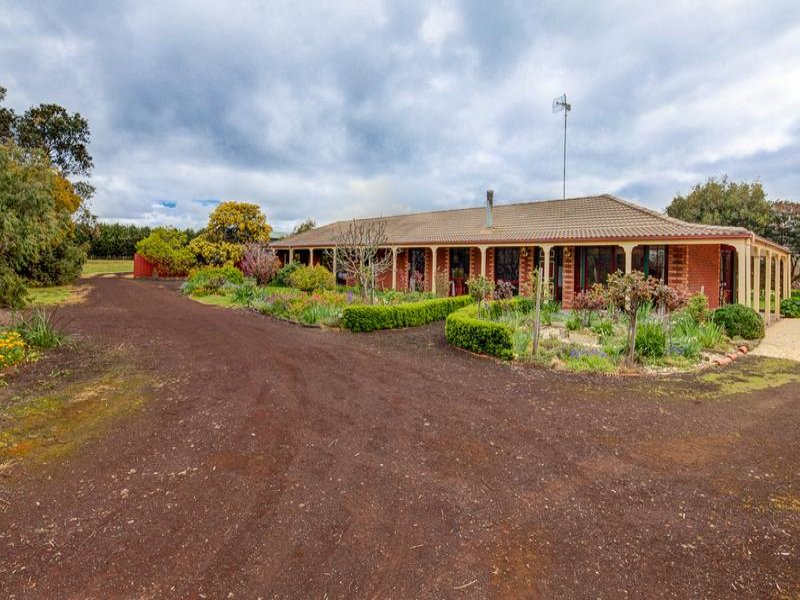 245 Bostocks Road, Woolsthorpe, Vic 3276