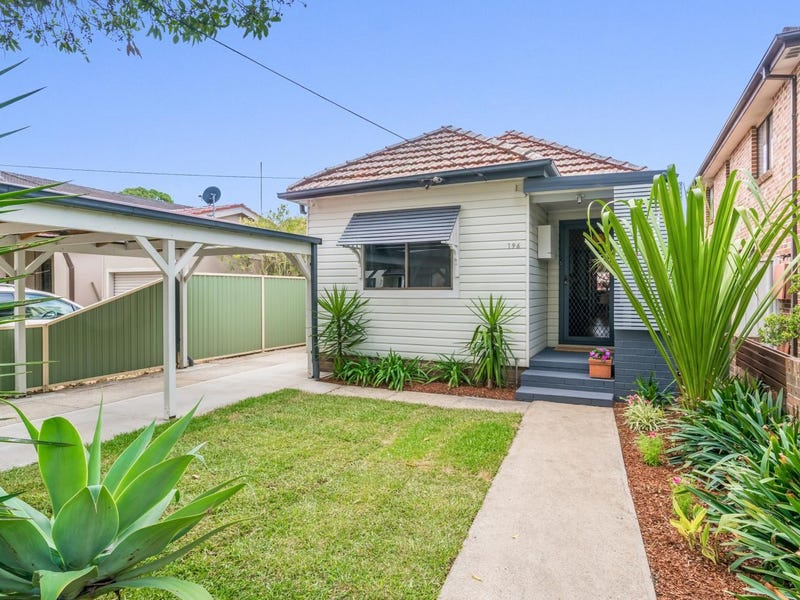 196 Victoria Road, Punchbowl, NSW 2196