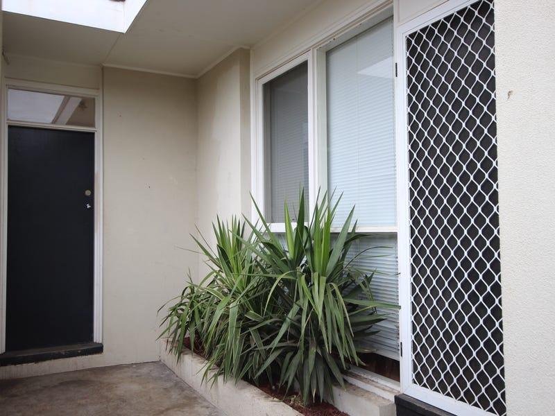 4/28 Breakwater Road, East Geelong, Vic 3219