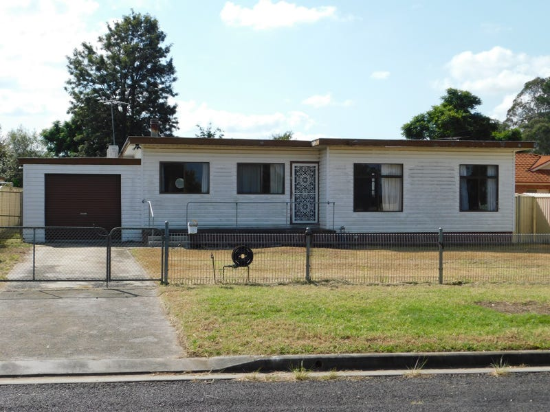 9 Chapman Street, Tahmoor, NSW 2573