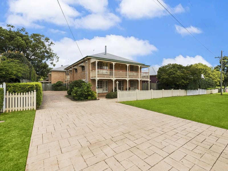 1/6 Burns Street, East Toowoomba, Qld 4350