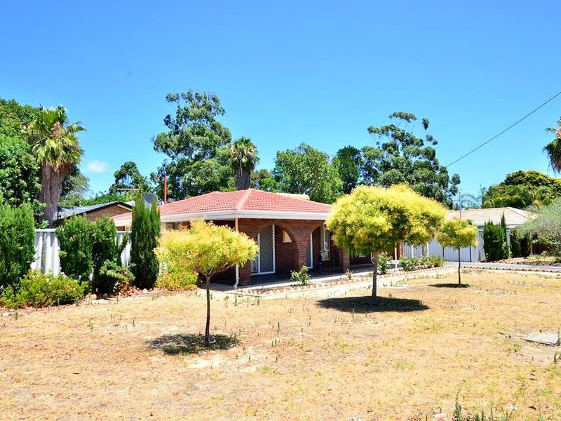 Address available on request, Girrawheen, WA 6064