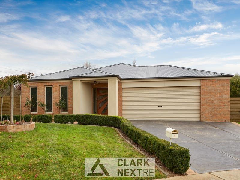 4 Bradley Place, Warragul, Vic 3820