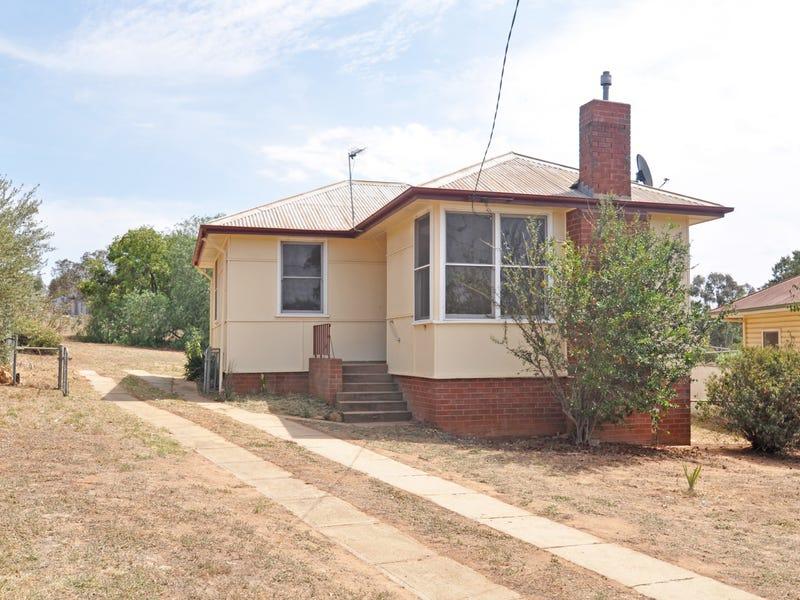11 Robert Street, Junee, NSW 2663