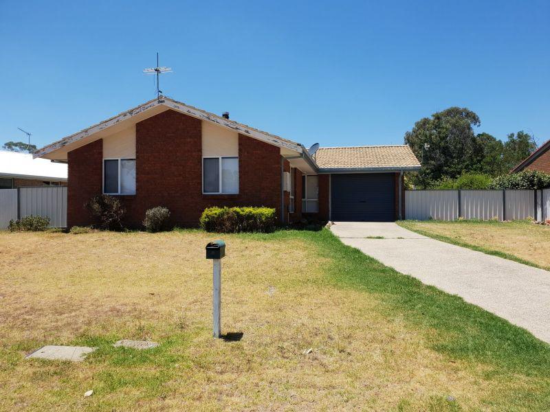 4 Dale Crescent, Armidale, NSW 2350