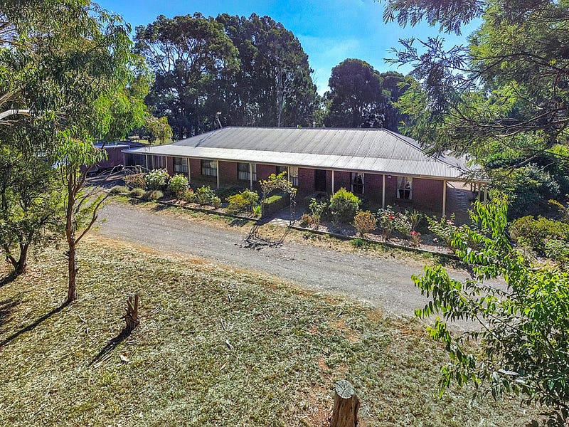 209 Avenue Of Honour, Woodend North, Vic 3442