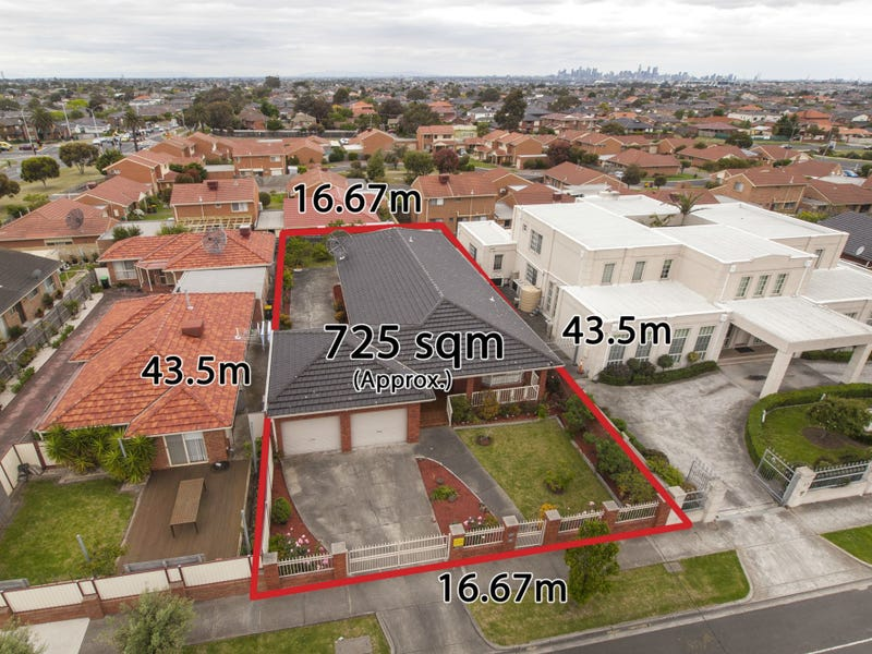 17 Amis Crescent, Avondale Heights, Vic 3034