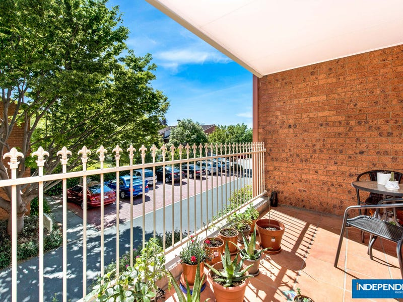 12A/12 Albermarle Place, Phillip, ACT 2606