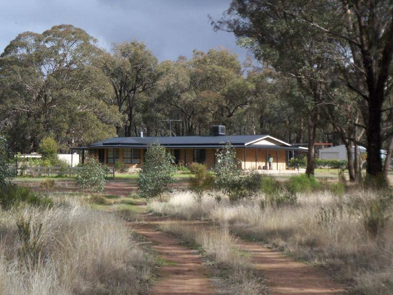 6015 Burley Griffen Way, Temora, NSW 2666