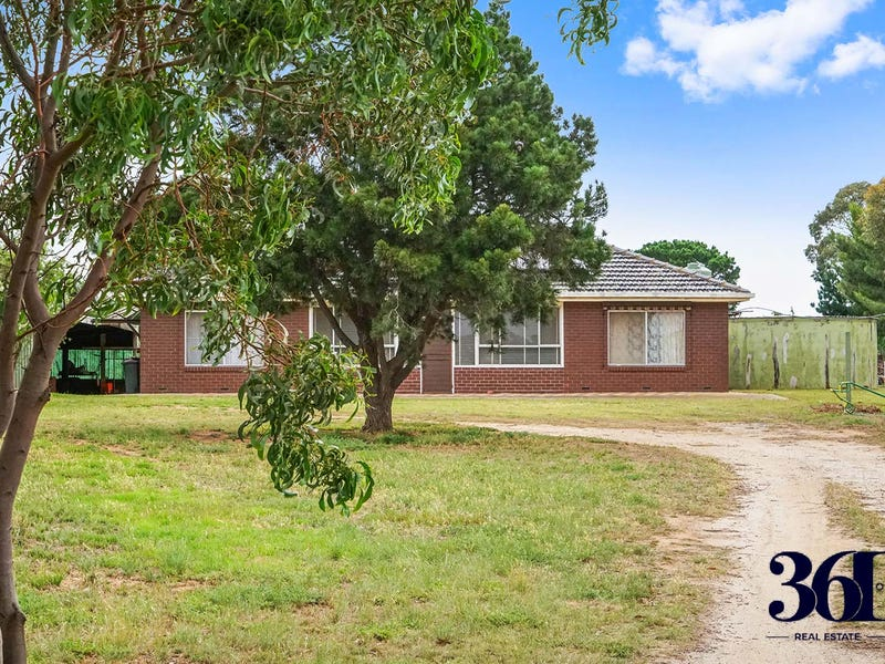35 Oxford Street, Little River, Vic 3211