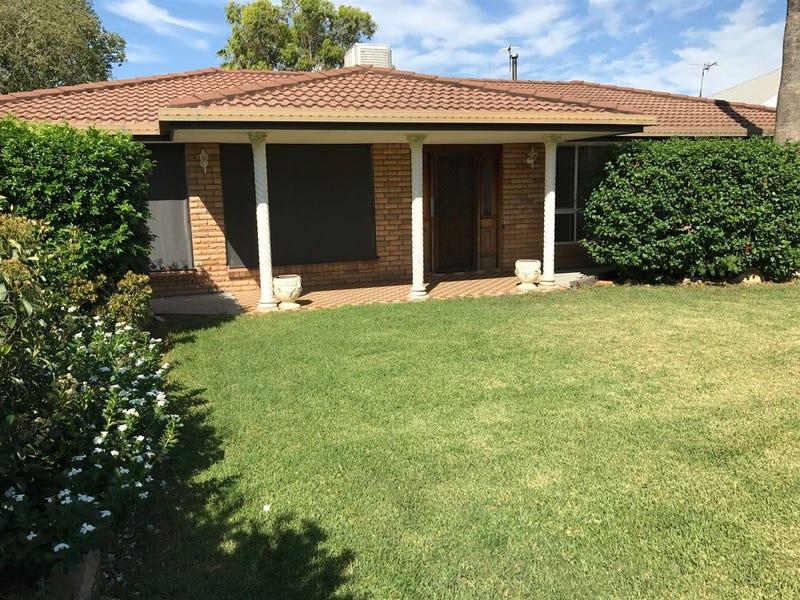 5 James Hibbens Avenue, Wee Waa, NSW 2388