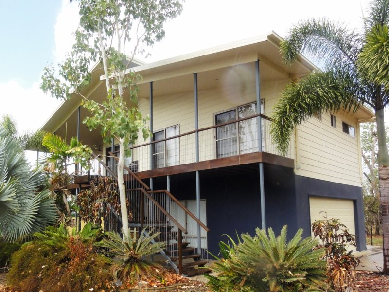 1 Roseric Crescent, Hideaway Bay, Qld 4800
