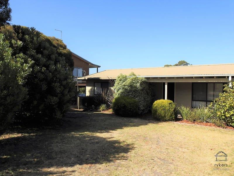 16 Campbell Grove, Lake Bunga, Vic 3909