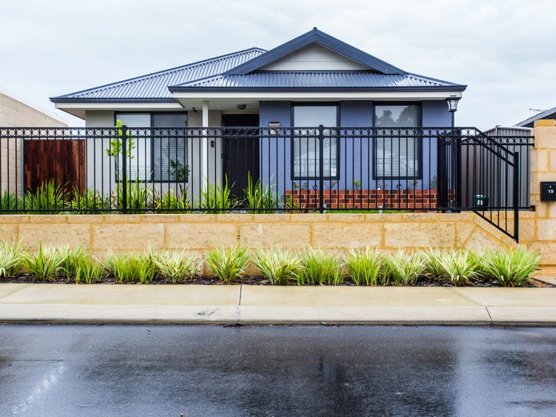 19 Finchley Way, Wellard, WA 6170