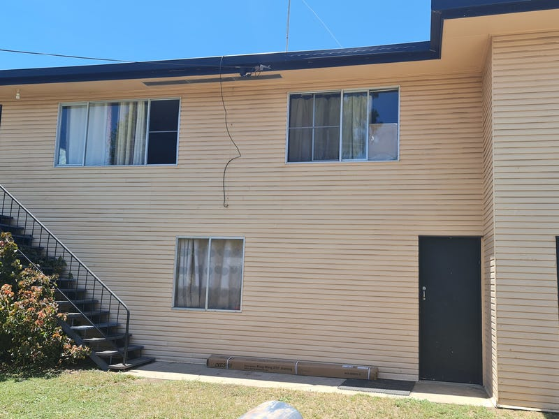 52 King St, Moura, Qld 4718