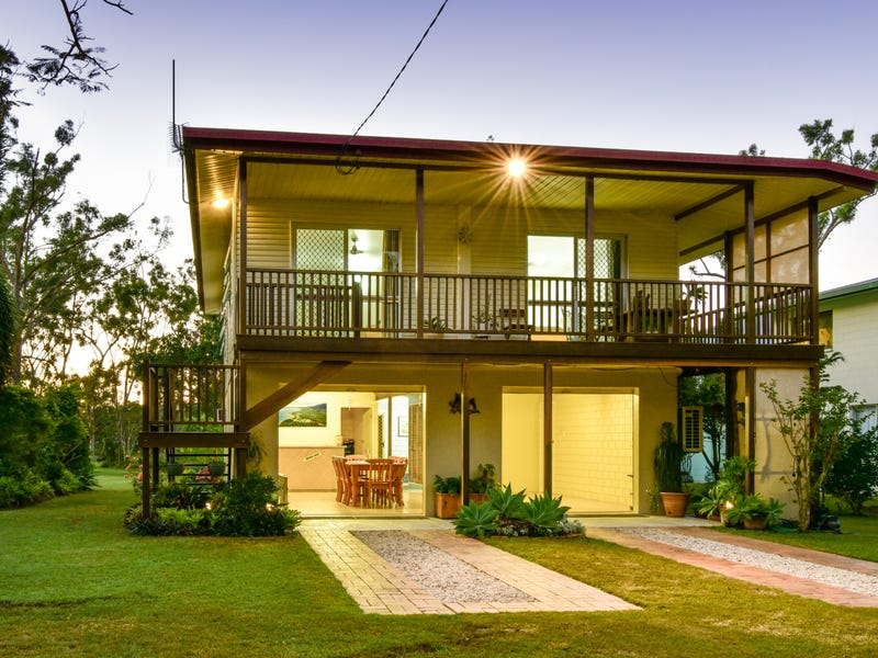 39 Davison Road, Wilson Beach, Qld 4800
