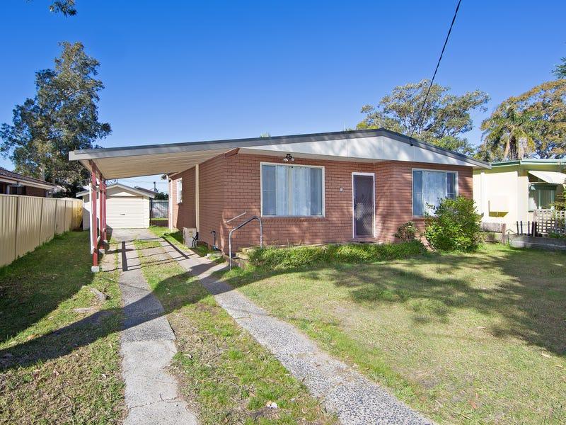 11 Delia Ave, Budgewoi, NSW 2262